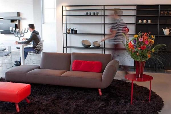 Sofa chat 111