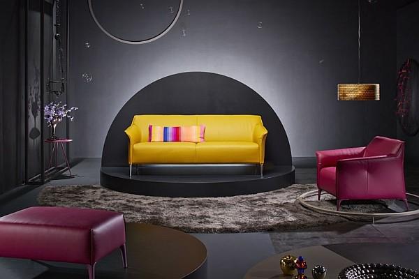 Sofa chat 211
